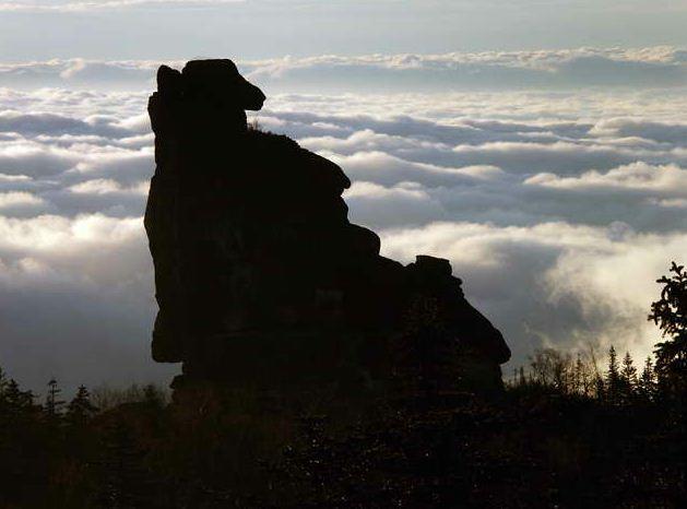 Амурские столбы. Шаман-камень. Вид с Охотник-камня