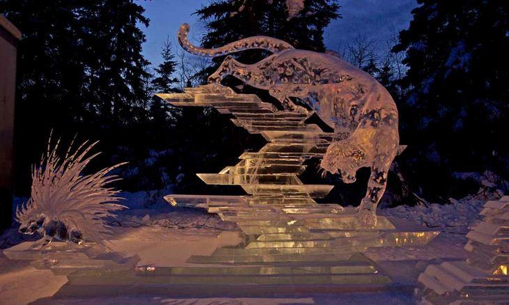 Ледовая скульптура. 1 место вечером. Колючий прием