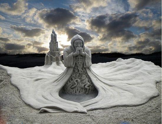 Skulptura-iz-peska-dvadtsat-pervaya