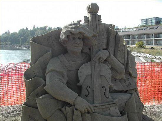 Skulptura-iz-peska-odinadtsataya