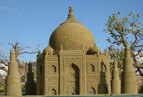 Skulptura-iz-peska-pyatnadtsataya