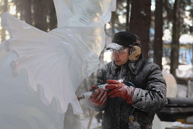 IceAlaska 2013. 2 место в категории Реалистика. Король Лев. В процессе