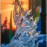 """Скульптура """"Истина в подарок"""". Красивый фрагмент на закате"""