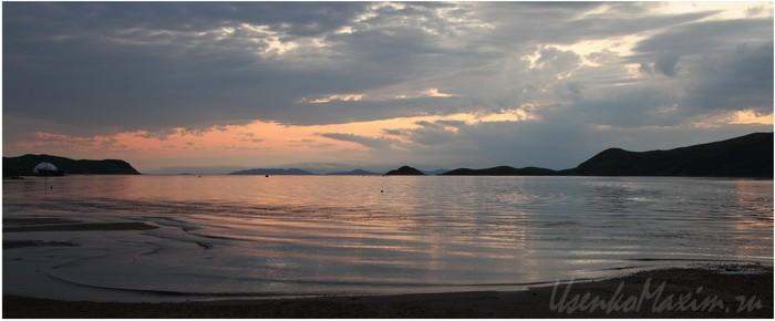 Полуостров Гамова. Утонченные цвета заката в бухте Витязь