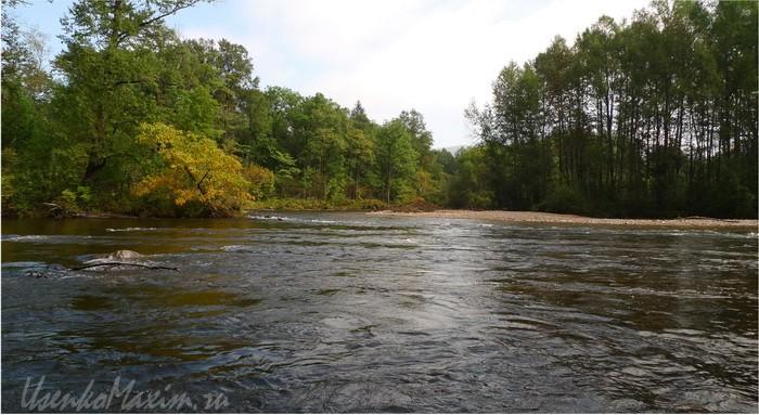Река Каменшка. Отсюда десять км до станции Лондоко