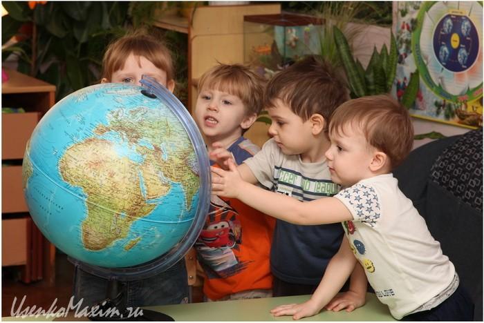 Фотография в детском саду. Дети искренни и не позируют