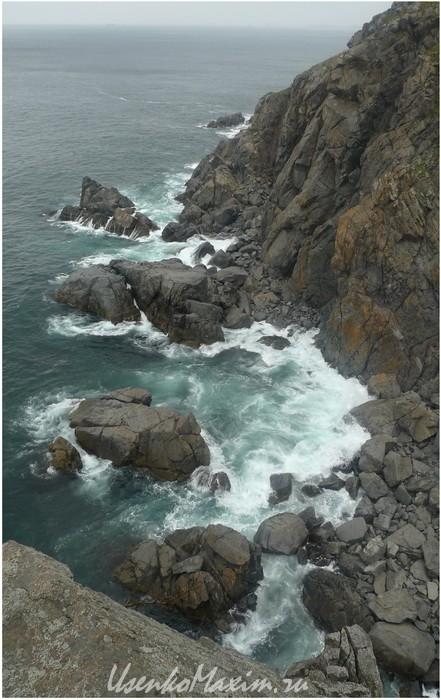 Японское море. Полуостров Гамова. Высокие гранитные берега
