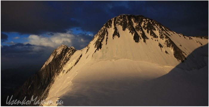 Алтай. Белуха после солнечного затмения