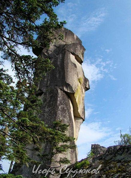 Амурские столбы. Останец Белая Церковь. АвторИгорь Сердюков