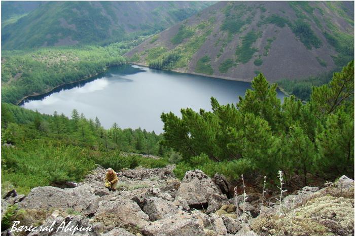 Баджальский хребет. Подъем над озером Омот