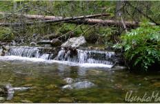 Малое русло реки Омот-Макит