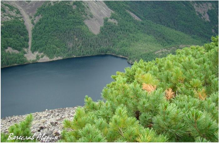 Озеро Омот. Вид с восточного Высокого берега