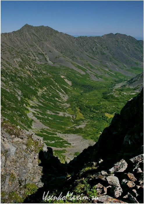 Badzhal.-Dolina-ruchya-Gluhoy
