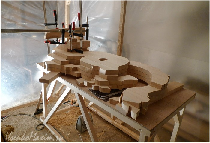 Изготовление деревянной скульптуры. Осталось немного