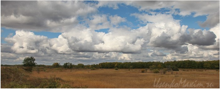 Oblaka-za-Brigadoy-Trunova.-Poselok-Smidovich