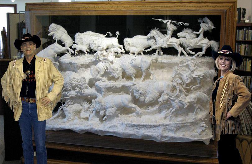 Скульпторы Allen and Patty Eckman. Бумажная скульптура двадцатьпервая