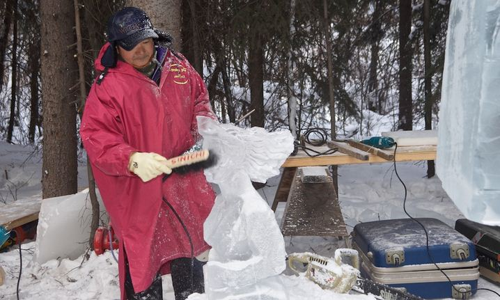 Аляска 2012. Сингл блок. Скульптура Пегас в небе. В работе.  10 место