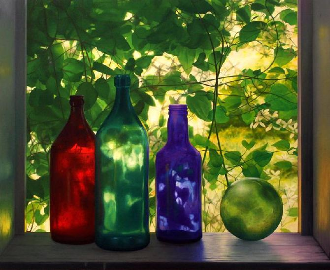 Amerikanskiy-hudozhnik-Scott-Prior.-Natyurmort-Bottles-in-Summer-Cabin-Window
