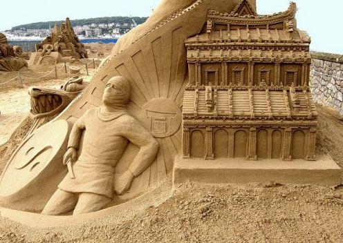 Песчаная скульптура первая. Другой ракурс