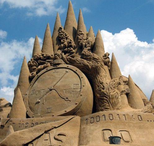 Песчаная скульптура тридцать третья