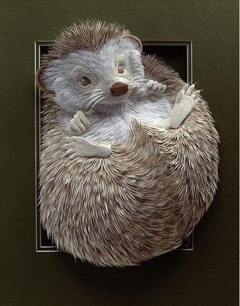 Skulptura-iz-bumagi-Calvin-Nicholls.-Animalistika-v-skulpture-sedmaya