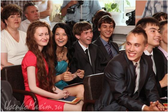 Фотографы Хабаровска. Фотосъемка выпускных. Фото третье