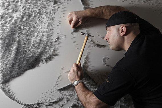 Marcus Levine. Картины из гвоздей. За работой