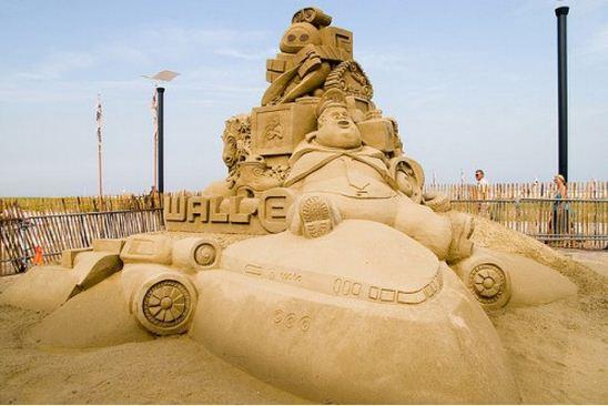 Skulptura-iz-peska-pervaya