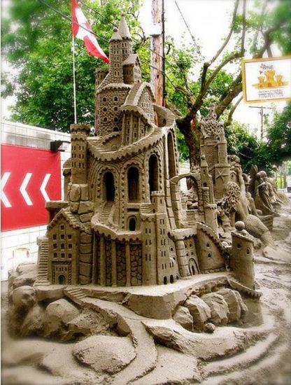 Skulptura-iz-peska-sedmaya