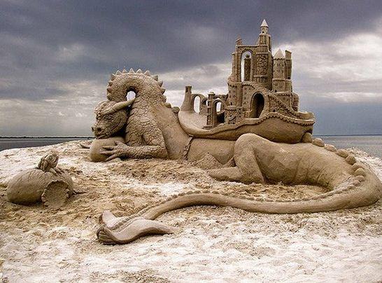 Skulptura-iz-peska-trinadtsataya