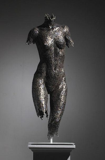 Yeong-Deok Seo. Скульптура из велосипедной цепи первая
