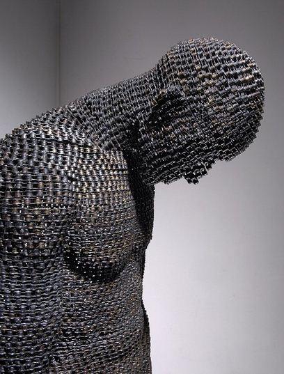 Yeong-Deok Seo. Скульптура из велосипедной цепи шестая
