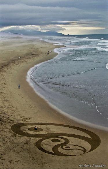 Andres Amador. Большие пляжные рисунки на песке. Четвертый