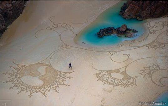 Andres Amador. Большие пляжные рисунки на песке. Девятнадцатый