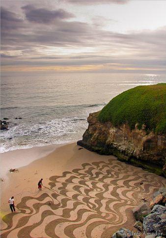 Andres Amador. Большие пляжные рисунки на песке. Третий