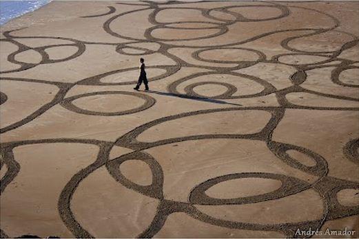 Andres Amador. Большие пляжные рисунки на песке. Восемнадцатый