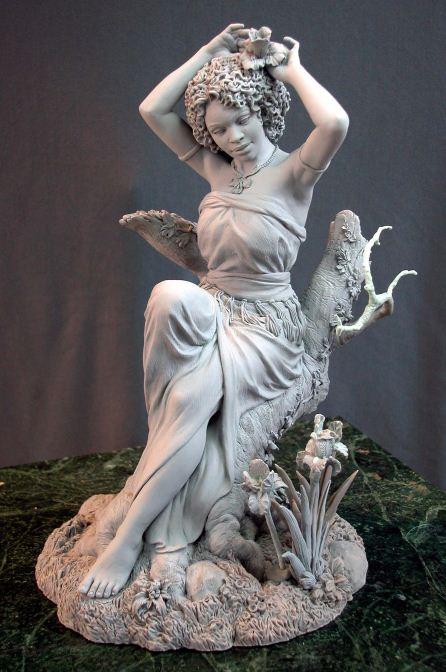 Mark Newman. Мелкая скульптура. Ирис в цвету