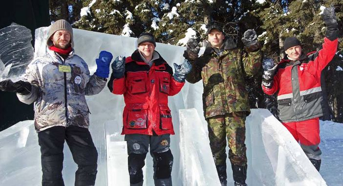 Ice Alaska 2013. Multi block. Абстракция. 2 место. Иван Зуев, Парфенов Александр, Василенко Михаил, Пономаренко Эдуард. Россия