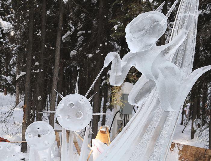 IceAlaska 2013. 2 место в категории Абстракция.  Visitor Of The Sun. Фрагмент в процессе создания