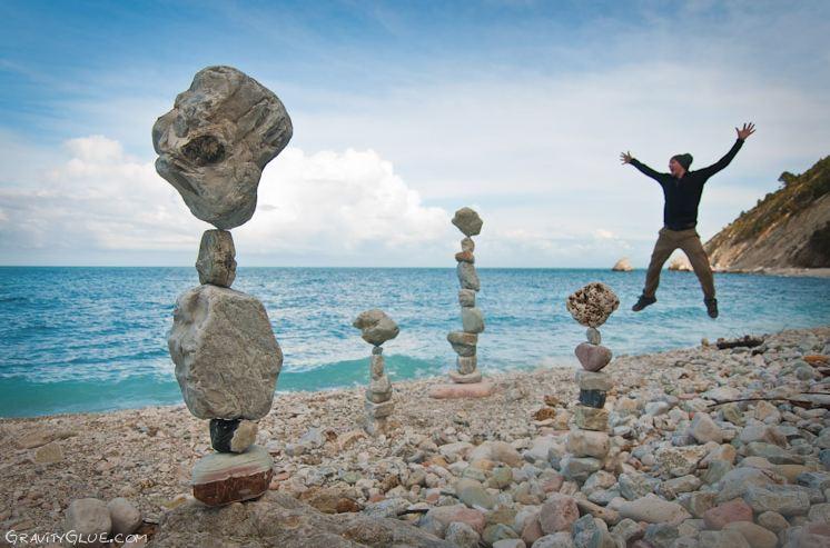 Michael Grab. Каменное равновесие на морском побережье