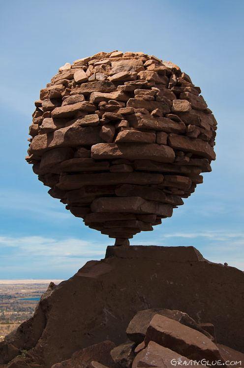 Michael Grab. Каменное равновесие. Композиция третья. Крупный план