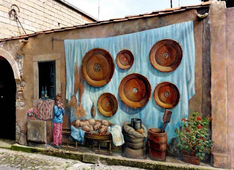 Расписные дома. Картины на стенах. Роспись в городке Сан Сперате. Сардиния
