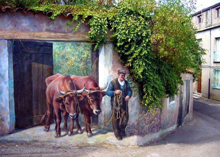 Расписные дома. Картины на стенах. Третья роспись в городке Fonni. Сардиния