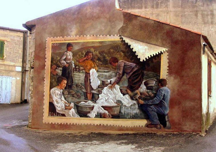 Расписные дома. Картины на стенах. Вторая роспись в городке Semestene. Сардиния