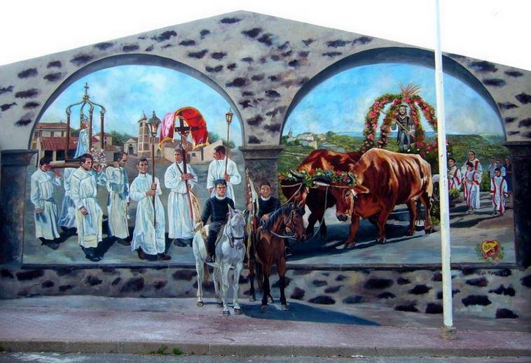 Расписные дома. Картины на стенах.. Шестая роспись в городке Noragugume. Сардиния