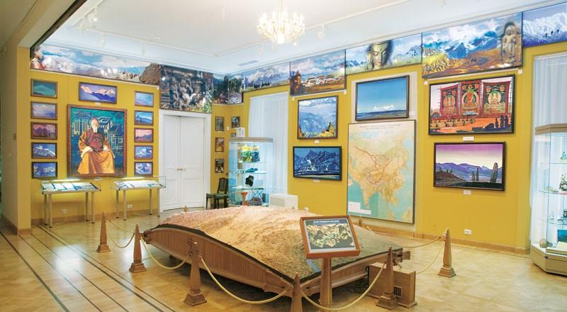 Зал Центрально-Азиатской экспедиции