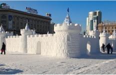 Снежная скульптура. Хабаровская крепость