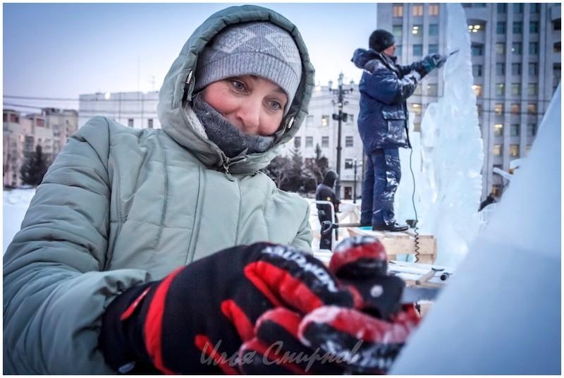Наталья Гончарова. Много лет скачущих коней, горящих изб, медных труб и ... ледовой скульптуры